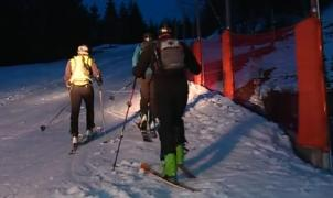 La práctica nocturna del esquí de montaña en pistas es peligrosa, Les Carroz prueba soluciones