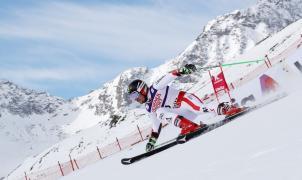 Un Hirscher imperial agranda su leyenda con la victoria en el Gigante de St. Moritz