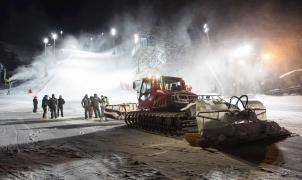 Esquí y snowpark nocturnos en Sierra Nevada durante 9 noches del Mundial