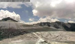Passo Stelvio anuncia el cierre de las pistas del glaciar debido a las altas temperaturas