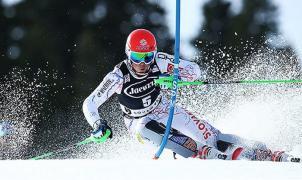 Petra Vlhova gana el Slalom de Aspen y relega a Shiffrin a la segunda posición