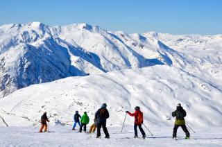 Baqueira Beret propone los 'esquí safaris' para conocer la estación y sus 240 cm de nieve