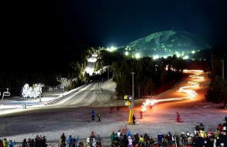 Este jueves Masella vuelve a iluminar la Cerdanya con la puesta en marcha del esquí nocturno