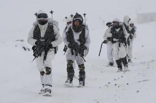 5 Soldados de la Legion Francesa mueren sepultados por una avalancha en los Alpes