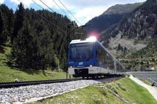 FGC reorganiza y mejora la flota de trenes cremallera en Vall de Núria