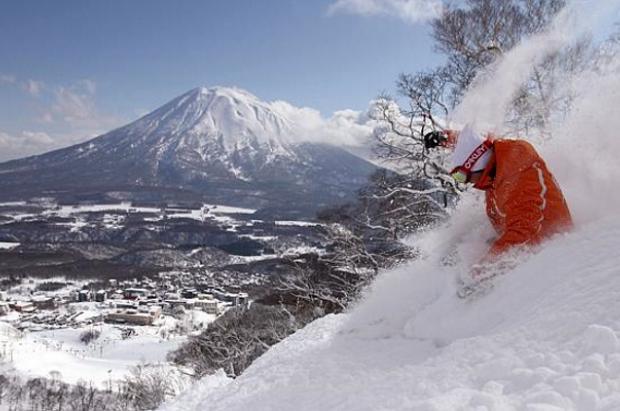 Aventura en Niseko: Una semana de esquí en el mítico powder japonés