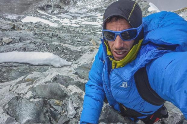 Un incansable Kilian Jornet repite cima del Everest, esta vez en 17 horas