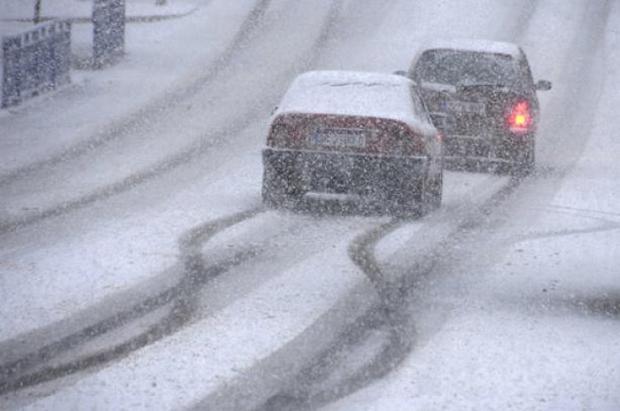 Obligación de llevar cadenas o neumáticos de invierno en Andorra con multas de 180€