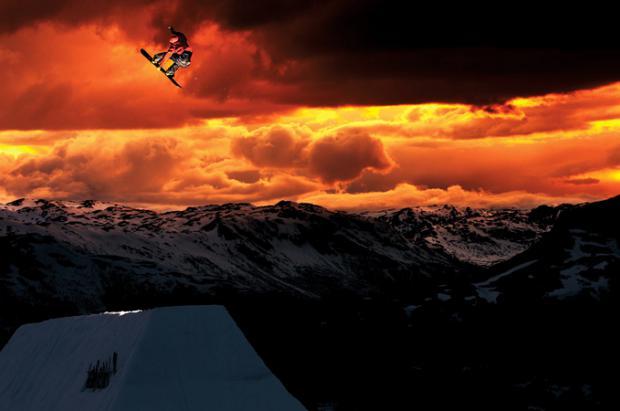 Team Rome snowboards en Folgefonna ripando como dioses