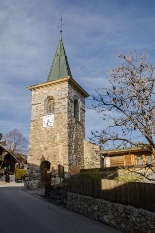 La antigua iglesia de Leysin aún sigue en pie