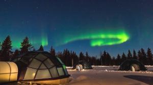 Soñando con auroras boreales en un Iglú de cristal en Laponia
