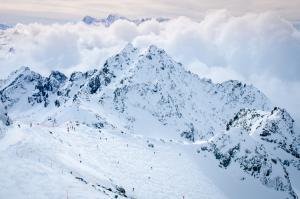 Freeride, esquí y relax en Nendaz, la estación más grande de Suiza