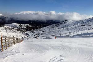 Valdesquí, la estación de esquí y snowboard de la Gran Urbe madrileña
