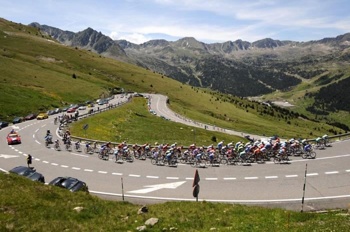 Allianz Bayer Cycling Team Tour-francia-envalira