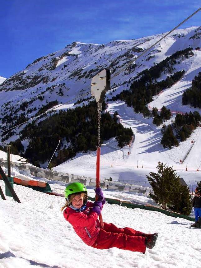 Tirolina apta para niños de Vall de Núria