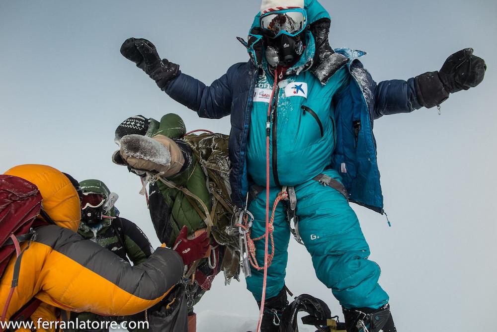 El alpinista Ferran Latorre ha hecho realidad el mayor proyecto de su vida: subir las 14 montañas de más de 8.000 metros de la tierra