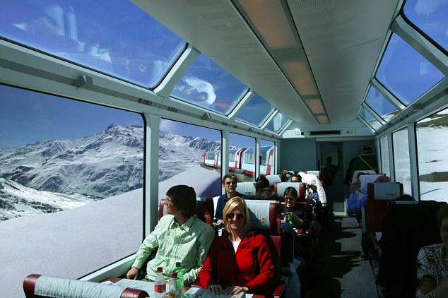 El Glacier Express,  interior del vagón