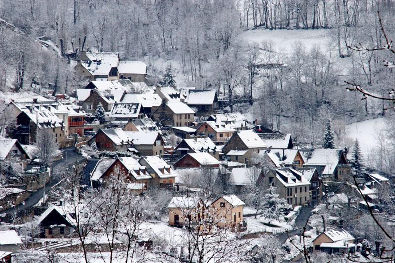 Pueblo típico del Pirineo Francés. Foto Gorka Oller