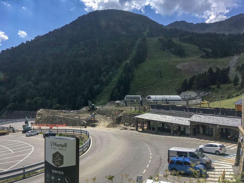 Se reanuda la construcción del telecabina Tristaina y la renovación ...
