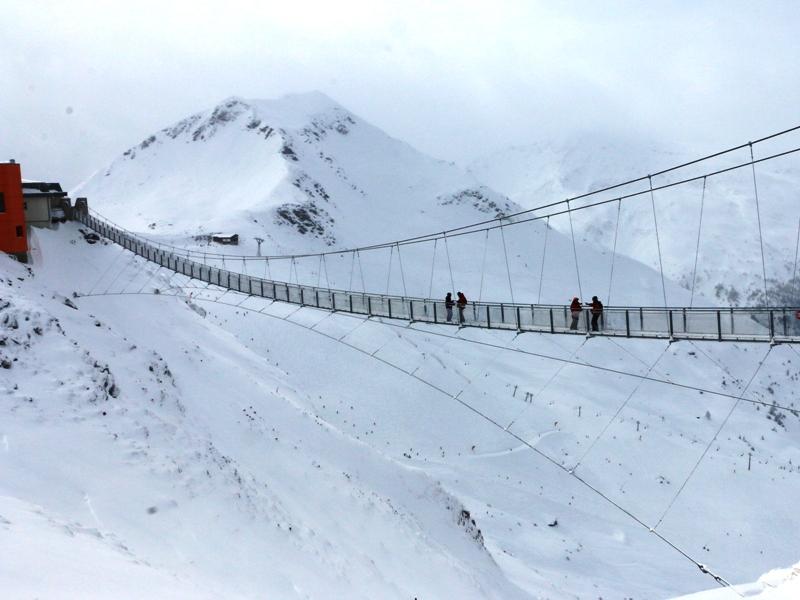 El puente panorámico de Stubnerkogel tiene140 m de largo