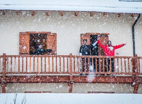 La llegada de buenas nevadas hna alegrado el cuerpo a las estaciones