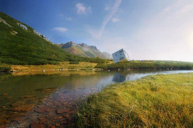 casa cubo en el lago