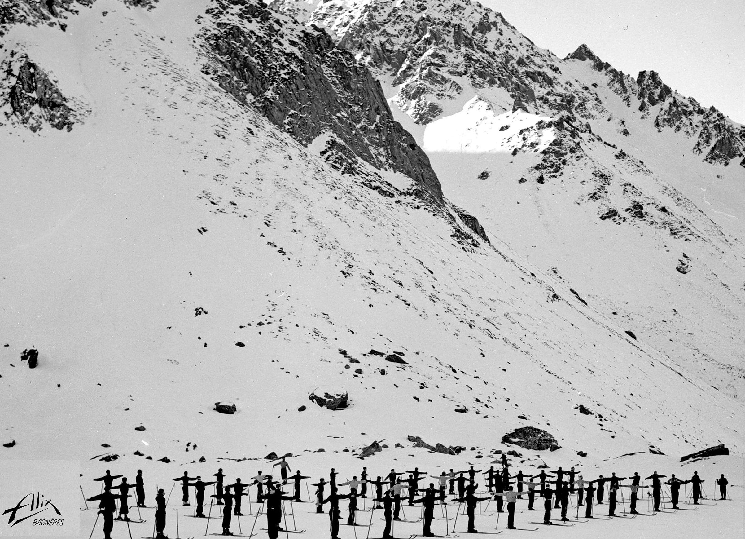 Clases de esqui en el Plateau de la Cantine. Foto Alix. Clic para ampliar