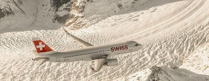Sobrevolando los Alpes con SWISS