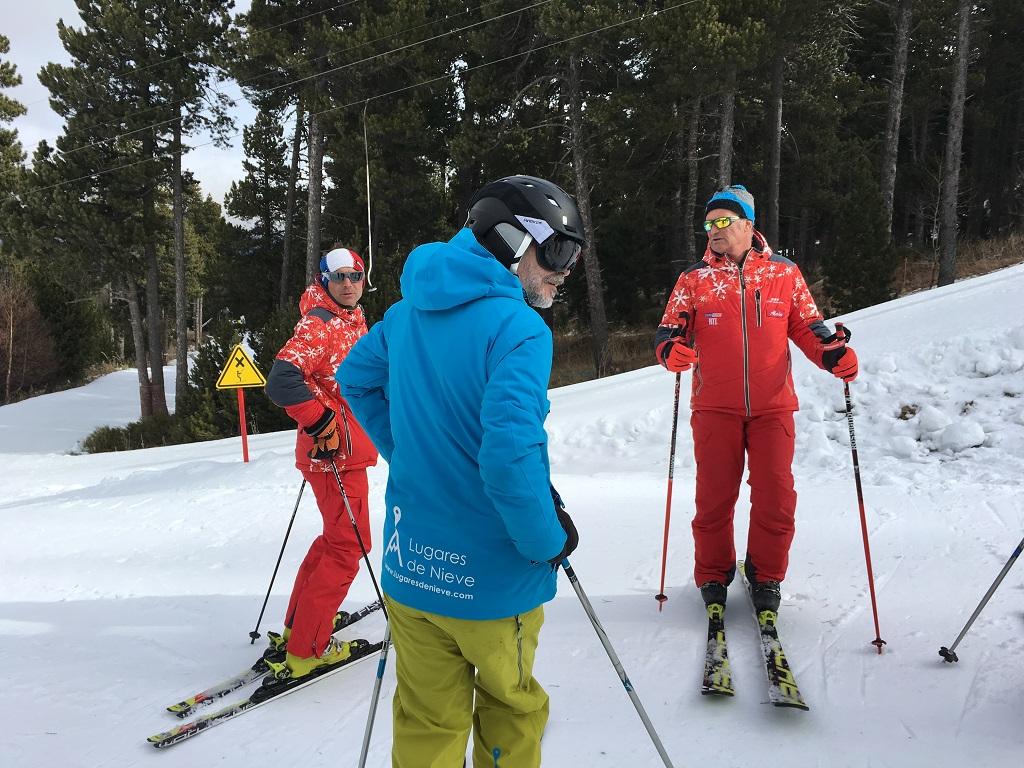 Una buena esquiada empieza con la buena compañía. La ESF de Cambre d´Aze