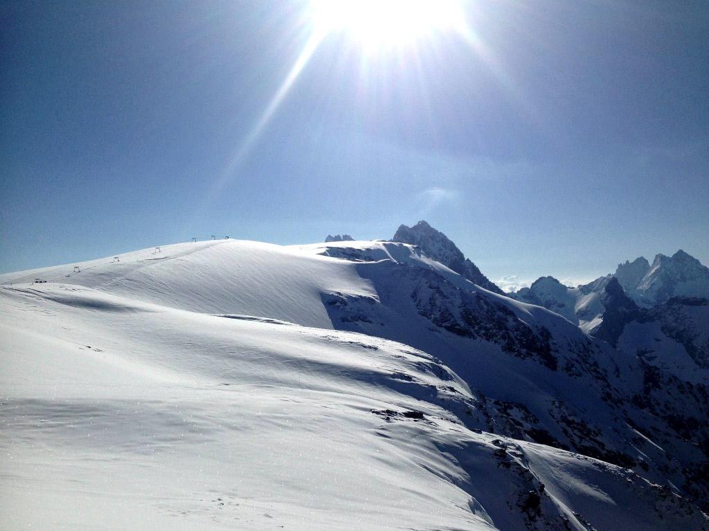 Imagen del glaciar de 2 Alpes en pleno junio 2013