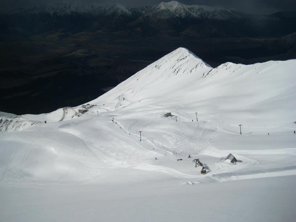 Mount-Cheeseman-general-view