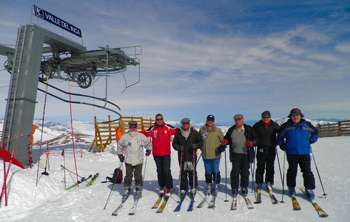Esquiando con viejos roqueros en Valle Nevado, Chile.