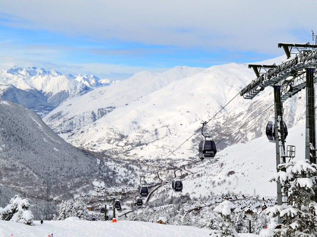Fabuloso aspecto de Baqueira después de las nevadas de finales de enero principios febrero 2015