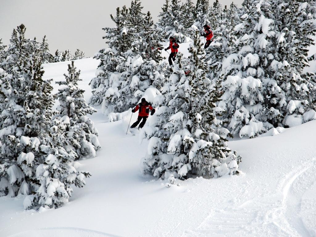 Día de freeride en Port del Compte, estación de esquí del Pirineo Catalán