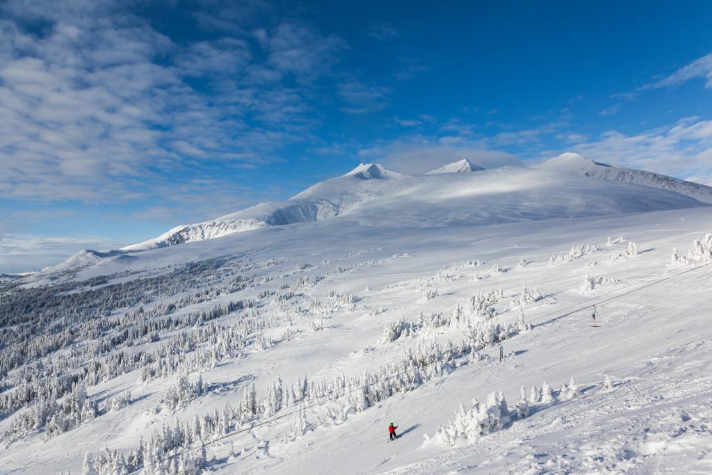 Esquiando en Hudson Bay Mountain