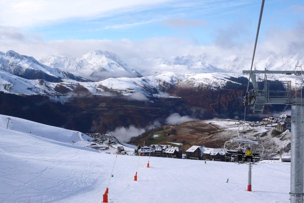 Vista estación de esquí de Peyragudes