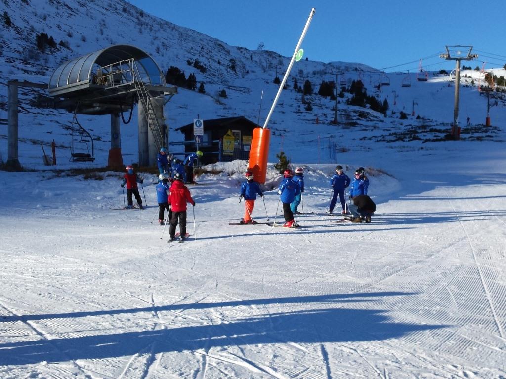A punto para los entrenos del Ski Club de Porté, en Porté Puymorens