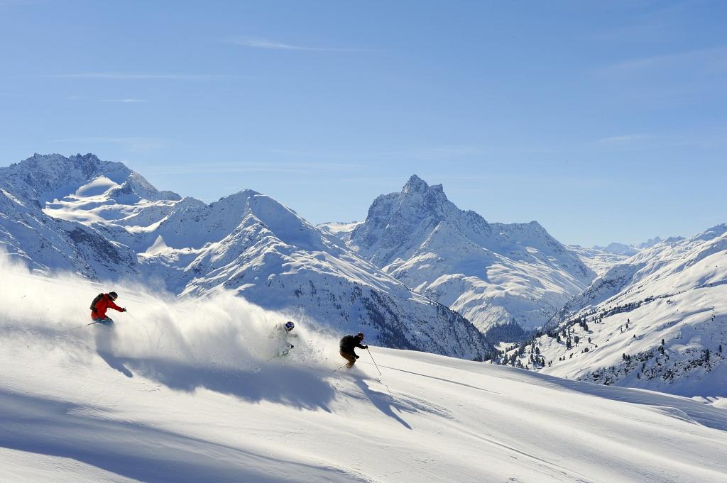 Imagen de la estación de esquí de St.Anton en el Tirol Austria