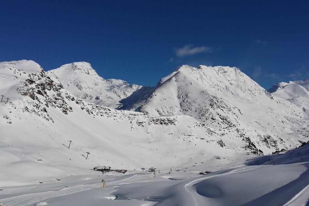 La Coma del 1 12 2013, después de 70 cm de nevada del sábado, día 30 de noviembre