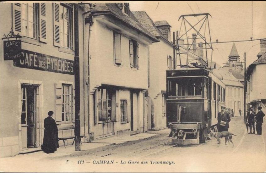 Estación de tranvía de Campan