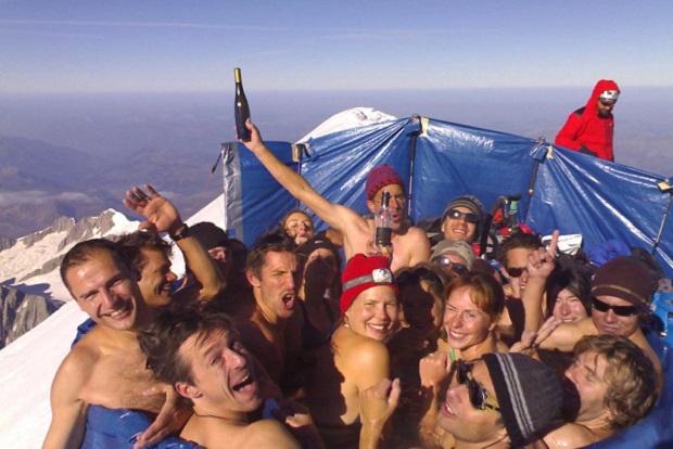 Mountain Party en la cima del Mont Blanc. Foto: jaccuzzi.ch