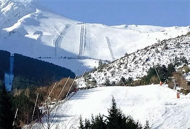 Corta pero intensa la temporada de esquí en la Pinilla (Segovia)