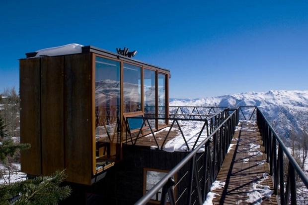 La arquitectura moderna también se deja ver en Farellones Refugio (chalet) de los Canteros
