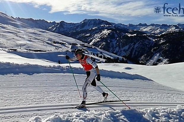 Lydia Iglesias en plena competición. Foto: Federació Catalana d´Esports d´Hivern
