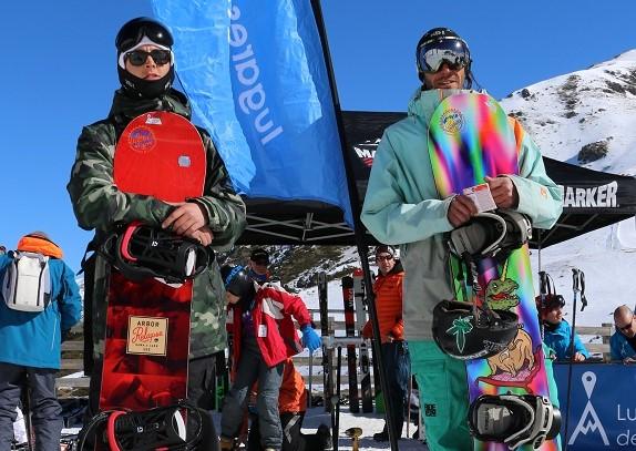 Luis y Miguel, dos pinilleros flamantes ganadores del viaje para dos personas a la LdN Ski Party de Boí Taüll