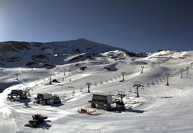 Así estaba Sierra Nevada tan solo a 5 días de dar por finalizada la temporada de nieve