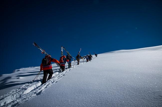 Los Riders van a la caza de sus mejores líneas. Foto archivo cedida por la Skiers Cup