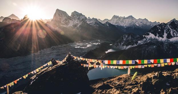 Solo los chinos subirán al Everest esta temporada a causa de la pandemia