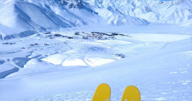 El precio de los pases de esquí en Argentina aumenta una media del 40%