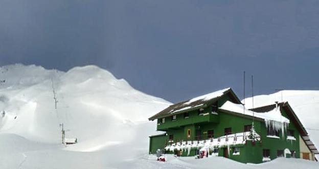 La estación de esquí de Lunada cerca de abrir sus puertas como refugio de montaña
